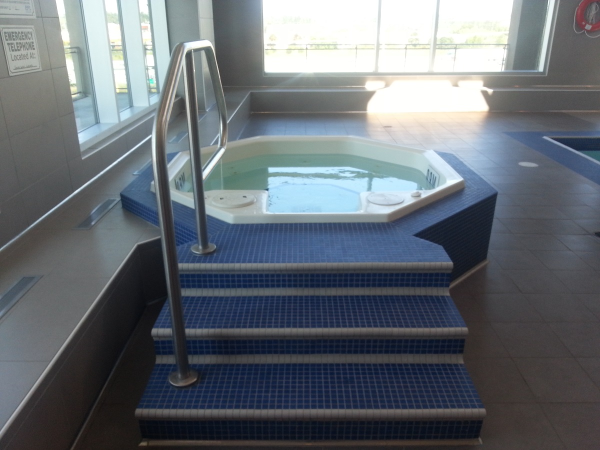 Jacuzzi San Francisco by the Bay 1235 Bayly St Bay Ridges Pickering Condo in Durham