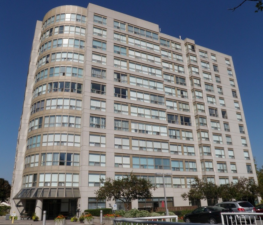 High Rise Whitby Condo at 712 Rossland Rd E Pringle Creek Whitby