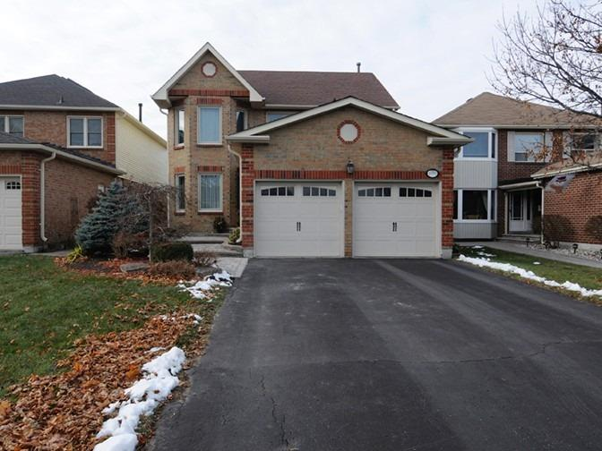 Beautiful 3 Bdrm 3 Bath on Popular Dunbarton Pickering