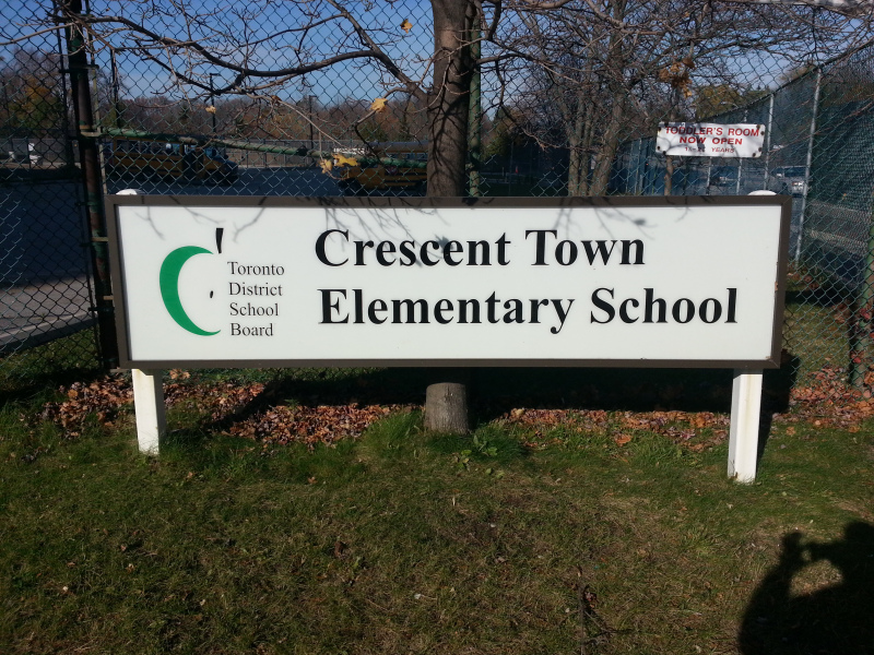 Crescent Town Elementary School Steps to Toronto Condo 5 Massey Sq
